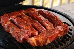 Nibble Me This: Country Style Pork Ribs This rub sounds amazing!