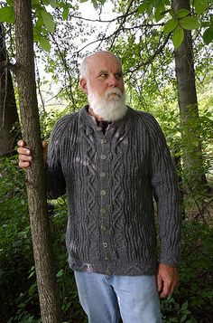 Snake in the Woods is a beautiful free pattern by Shannon Okey - quite a work as the yarn is thin and the design challenging