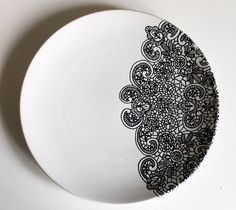 Illustrated Lace side plate