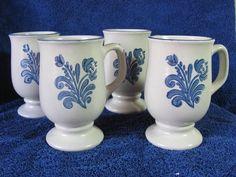 Yorktowne Pedestal Mugs