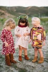 Resultado de imagem para crianças estilo retro com bota