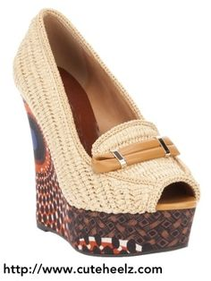 Visit site for more cute shoes.