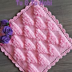No photo description available. Organizer, Doilies, Diy And Crafts, Blog, Stitch, Blanket, Knitting, Instagram, Facebook