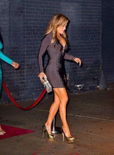 Forex Trading Strategies – Daily New Products - Modern Jennifer Lopez Bikini, Jennifer Lopez Legs, Pictures Of Jennifer Lopez, Jennifer Love Hewitt, Images Lady Gaga, J Lo Fashion, Jenifer Aniston, Femmes Les Plus Sexy, Sexy Legs And Heels