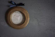 古真鍮ペイントのラウンドフォルムフレーム