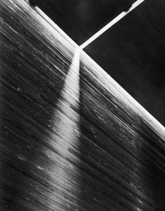 Peter Zumthor - Detail of shadow in Therme Vals Architecture Ombre, Shadow Architecture, Architecture Design, Light Architecture, Peter Zumthor Architecture, Ancient Greek Architecture, Chinese Architecture, Thermal Vals, Kolumba Museum