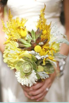 @Jennifer Tufts- For your sis. Gorgeous yellow bouquet.