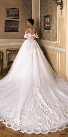 Wedding Dress Ball Gown wedding dresses 2019 ball gown off the shoulder with train oksana mukha - Soon all your favorite designers will represent their wedding dresses 2019 collections! These dresses are so stylish that you'll be dying to wear. Western Wedding Dresses, Black Wedding Dresses, Gorgeous Wedding Dress, Princess Wedding Dresses, Bridal Dresses, Wedding Gowns, Winter Wedding Dress Ballgown, Wedding Bride, Black Weddings