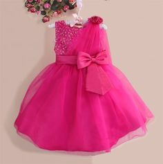 Latest-Children-Frocks-Designs-Pretty-Kids-21