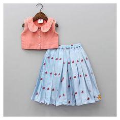 Kids Indian Wear, Kids Ethnic Wear, Indian Dresses For Kids, Kids Dress Wear, Kids Gown, Kids Wear, Girls Frock Design, Baby Dress Design, Baby Frocks Designs