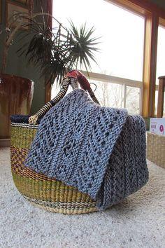 Ravelry: Garland Cowl pattern by Galzanne Knits