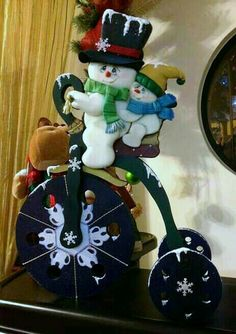 *** Christmas Clay, Christmas Room, Christmas Snowman, Christmas Projects, Handmade Christmas, Christmas Stockings, Christmas Ornaments, Snowman Crafts, Diy And Crafts