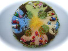 XXL:Seasonable circle PicturetapestryWall hangingWet by FilzArts Wet Felting, Needle Felting, Diy And Crafts, Crafts For Kids, Waldorf Crafts, Nature Table, Felt Brooch, Felt Ornaments, Felt Animals