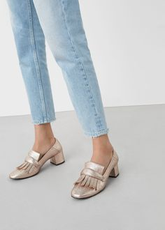 Topuklu parlak makosen ayakkabı   MANGO