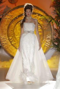 Los vestidos de novia de Inmaculada Garcia foto 07...