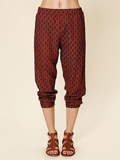 These would probably look terrible on me, but I really want some pants like this.