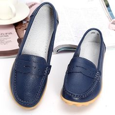 85a320b8d7c Big Size Pattern Leather Breathable Slip On Soft Flat Loafers is cheap and  comfortable. There are other cheap women flats and loafers online.