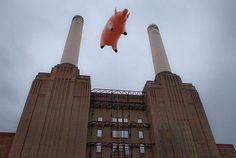 Pink Floyd Pig at Battersea Power Station, '03.