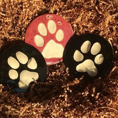 #pottery #pawprints #yingyang   #canadianhandcrafted   #handmade  #canadianmade   #tuckers  #beyondcraftshow  #whitchurchstouffville   #yorkregion   #townofws   #potterysupplyhouse   #musselmanslake  #ceramicartdaily  #shopwithme_ca Ceramic Arts Daily, D Craft, Serendipity, Pottery, Photo And Video, Handmade, Videos, Photos, Collection