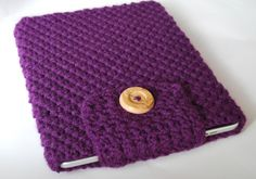 Crochet iPad Cover / Sleeve / Case in Eggplant Purple with button closure Crochet Tablet Cover, Crochet Case, Crochet Phone Cases, Crochet Purses, Knit Crochet, Loom Knitting, Knitting Patterns, Crochet Patterns, Crochet Ideas