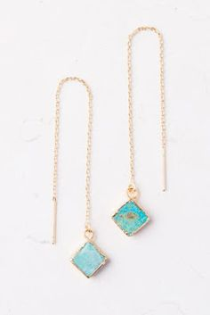 Christmas is coming. Don't worry, I'm here to help.  #fairtradefriday #christmasshopping #giftguide #style #fashionblogger #fairtradejewelry
