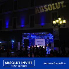 Mientras comienza la competencia un Cosmopolitan por favor. #AbsolutInvite #TeamEdition #AbsolutPuertoRico