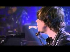 """Ryan Adams performing """"16 Days"""" live on Letterman (First time I've ever seen him perform a Whiskeytown song live)"""