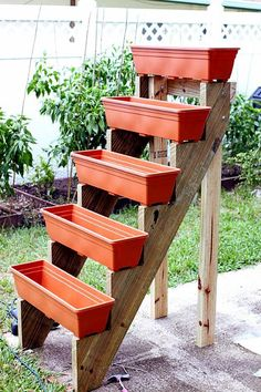 Garden Types, Diy Garden, Garden Care, Garden Projects, Diy Projects, Planter Garden, Garden Beds, Garden Grass, Project Ideas