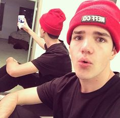 Woodworking Tips and Tricks Aaron Carpenter, Magcon Boys, Man Candy, Woodworking Tips, Handsome Boys, Future Husband, Youtubers, Singer, Social Media