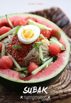 Subak Naengmyeon : nouilles piquantes à la pastèque - Korean spicy watermelon noodles