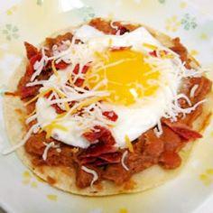 Receta De Huevos Rancherísimos, Comida de Colombia Huevos Rancheros, Tortillas, Latin American Food, Decadent Food, Yummy Veggie, International Recipes, Veggies, Mexican, Breakfast