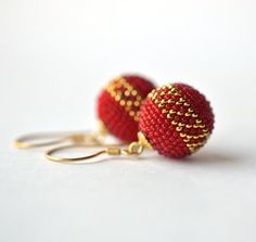 chinese wedding earrings globe earrings gold red by Donauluft