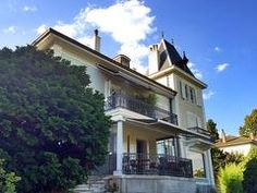 The House of Igor is a remarkable house with special rooms for guests in Morges (Switzerland) Switzerland, Rooms, Mansions, House Styles, Travel, Home Decor, Beautiful Places, Bedrooms, Mansion Houses