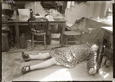 Early 1940s woman killed in attempted robbery Sydney Australia.