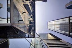 Vertical Horizons by Romain Jacquet-Lagrèze