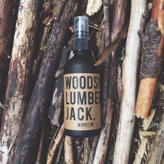 Happy Spritz, Woodsy Lumber Jack will leave you thinking you just woke up in the attic of a mountain cabin.   It's an outdoorsy blend of cedarwood essential oil which stimulates your brain, while the Canadian pine essential oils work to relax and restore.