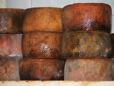 Calabrian cheese: Pecorino  (sheep milk) Sheep Cheese, Passion For Life, Best Cheese, Homestead, Food, Products, Italia, Cheese, Wine