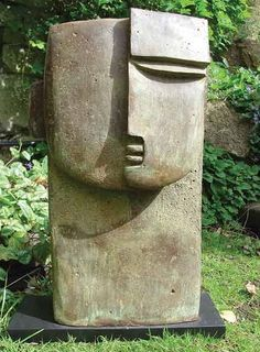 Peter Hayes - 2002 is love - Sculpture Head, Concrete Sculpture, Sculptures Céramiques, Pottery Sculpture, Outdoor Sculpture, Stone Sculpture, Abstract Sculpture, Pottery Art, Pottery Handbuilding