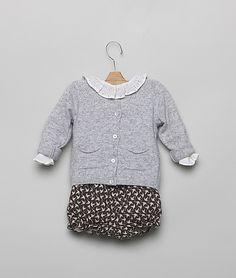 Bird bloomer, white blouse, grey sweater... Perfect.
