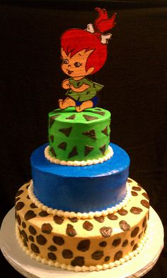 Flinstones Birthday cake idea for a family friend, except maybe use a sugar cookie with piped royal icing for a Pebbles topper?