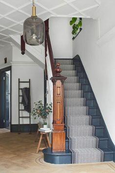 Treppe Stair Runner Ideas: The Forgotten Hallway — Jen Talbot Design diy Unfinished furnitur Tiled Hallway, Modern Hallway, Hallway Flooring, Modern Staircase, Staircase Design, Modern Stairs Design, Stairs And Hallway Ideas, Stair Design, Long Hallway