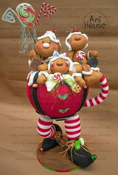 Christmas Sewing Projects, Christmas Fabric, Christmas Time, Fun Crafts, Christmas Crafts, Christmas Ornaments, Christmas Ideas, Clay Christmas Decorations, Gingerbread Decorations