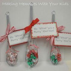 12 easy christmas gifts feliz navidad regalitos y navidad we whisk you a merry kiss mas solutioingenieria Images