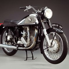 The Norton International Model 30 with its Featherbed frame epitomizes British bikes.