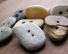 como hacer botones con piedras o vidrio del mar 0