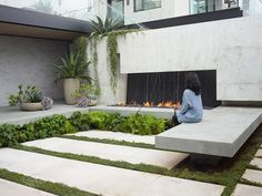 San Francisco home featuring planted terraces influenced by Japanese garden design. (via Gau Paris) Modern Landscape Design, Garden Landscape Design, Small Garden Design, Modern Landscaping, Landscape Plans, Garden Landscaping, Contemporary Landscape, Landscaping Ideas, Small Gardens