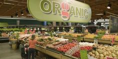 Should You Buy Organic Foods? Levels Of Nutrients On Non-organic Foods. Non Organic, Eating Organic, Healthy Food Options, Healthy Recipes, Benefits Of Organic Food, Genetically Modified Food, Food Insecurity, Organic Fruits And Vegetables
