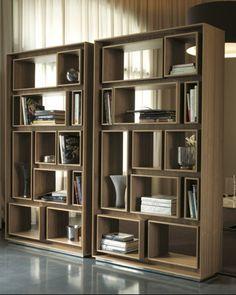 Bookcase - First - Porada