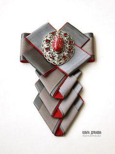 брошь-галстук