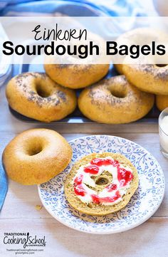 Nothing is better than a homemade bagel with cream cheese, except an einkorn sourdough bagel! Learn how to make sourdough bagels with this recipe! Einkorn Bread, Sourdough Bagels, Sourdough Recipes, Flour Recipes, Cooking For A Group, Cooking School, Fun Cooking, Cooking Recipes, Cooking Icon